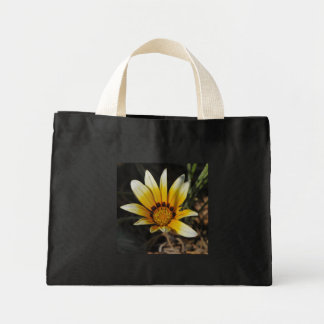Big yellow daisy canvas bags