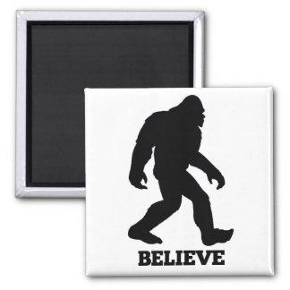 Bigfoot cree imán cuadrado