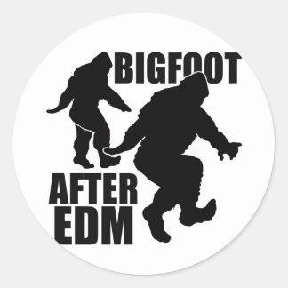 Bigfoot después de EDM Pegatina Redonda