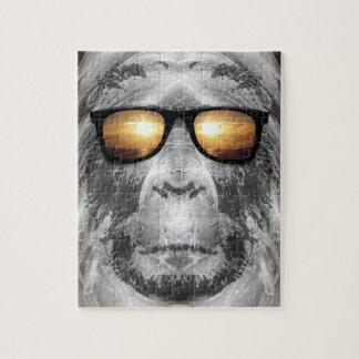 Bigfoot en sombras puzzle con fotos