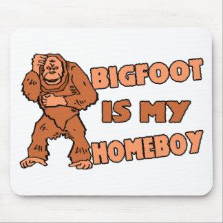 Bigfoot es mi Homeboy Alfombrillas De Raton