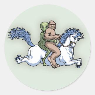 Bigfoot, extranjero, unicornio pegatina redonda