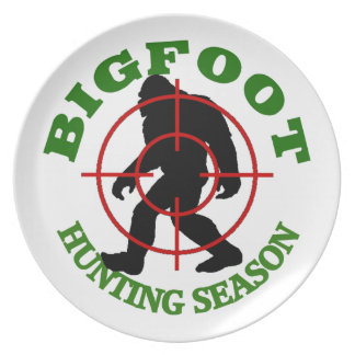 Bigfoot Hunting Season Plate