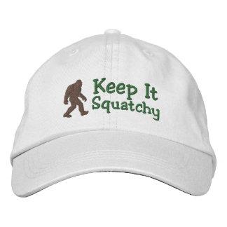 Bigfoot lo mantiene squatchy gorras bordadas