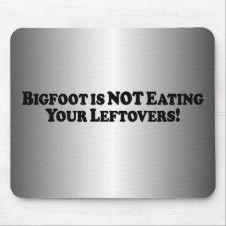 Bigfoot no está comiendo sus sobras - básicas tapetes de ratones