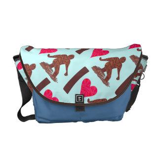 Bigfoot Sasquatch Yeti Cryptid I Heart Bigfoot Courier Bag