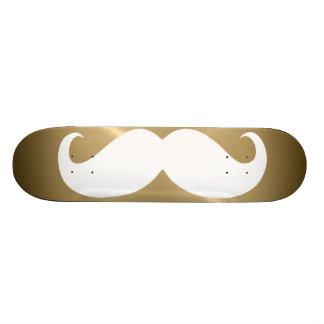 Bigote blanco divertido 4 skate board