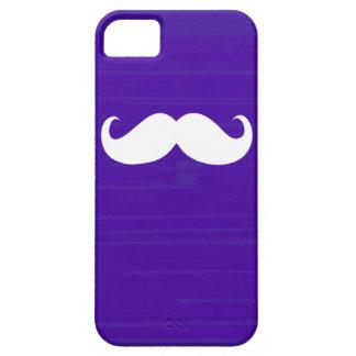 Bigote blanco divertido en fondo púrpura oscuro iPhone 5 fundas