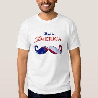 Bigote hecho en el azul blanco rojo de América Camisas
