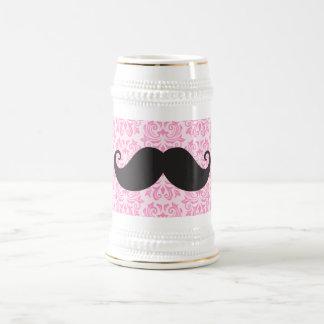 Bigote negro del manillar en modelo rosado del jarra de cerveza