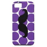 Bigote negro en la caja púrpura del iPhone 5 de lo iPhone 5 Case-Mate Protectores