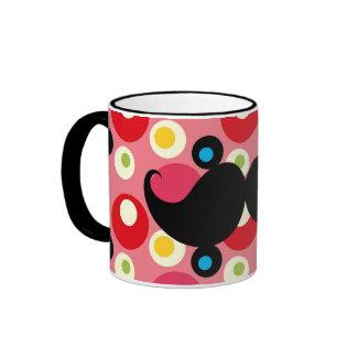 Bigote retro de la diversión en el fondo colorido taza de dos colores