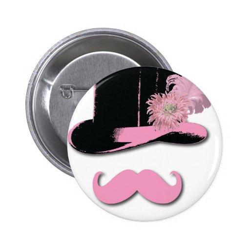 Bigote, sombrero de copa, plumas, y flor rosados pin redondo 5 cm