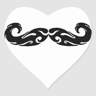 Bigote tribal pegatina en forma de corazón