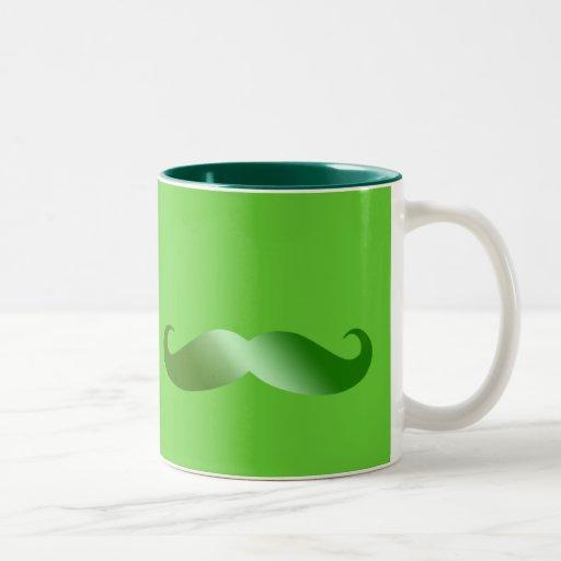 Bigote verde del irlandés del bigote taza de dos tonos