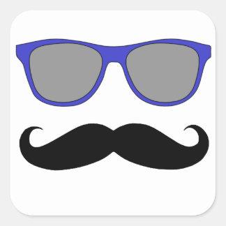 Bigote y humor azul de las gafas de sol pegatina cuadrada