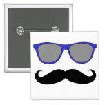Bigote y humor azul de las gafas de sol pin