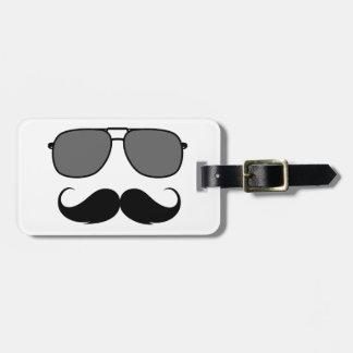 bigote y vidrios etiquetas para equipaje