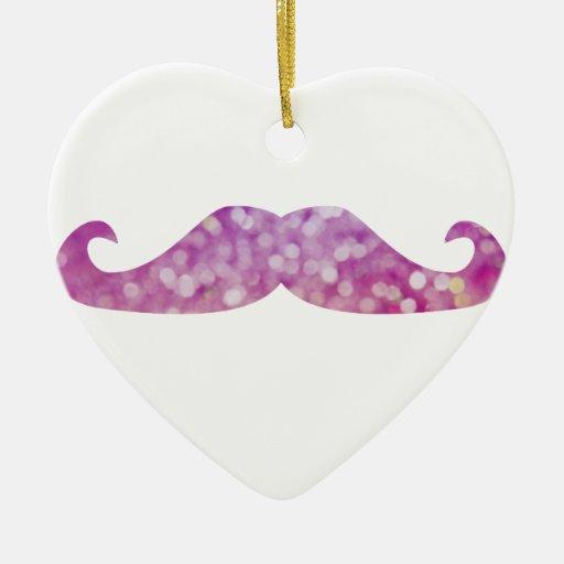 Bigotes coloridos de los inconformistas del adorno navideño de cerámica en forma de corazón