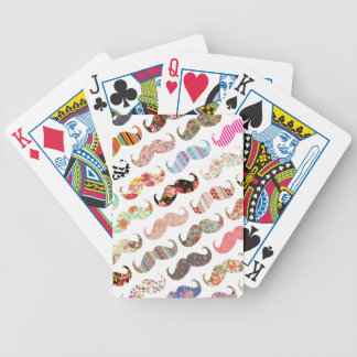 Bigotes coloridos femeninos divertidos de los mode cartas de juego