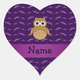 Bigotes marrones conocidos personalizados de la pegatina en forma de corazón