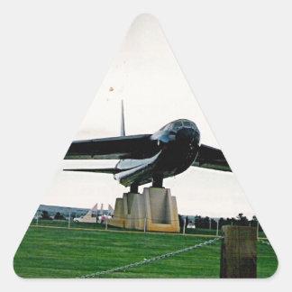 bigplane.jpg en la exhibición en Alabama Pegatina Triangular