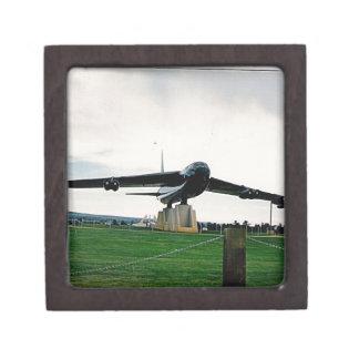 bigplane.jpg on display in Alabama Premium Gift Box