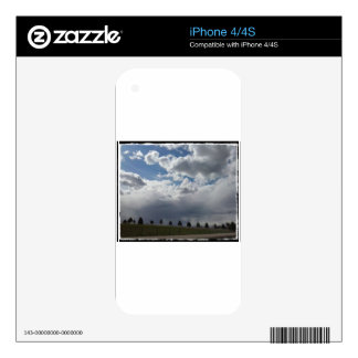 bigsky.jpg skins for the iPhone 4