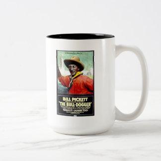 """Bill Pickett en la taza """"de la Bull-Dogger"""""""