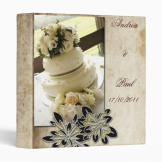 Binder with wedding cake