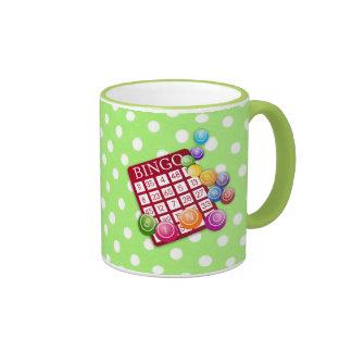 Bingo - tarjeta y marcadores coloridos del bingo taza de café