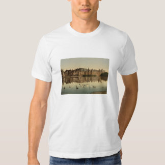 Binnenhof across the Hofvijver, The Hague T-Shirt