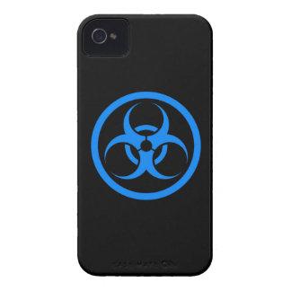Bio círculo azul y negro del peligro funda para iPhone 4 de Case-Mate