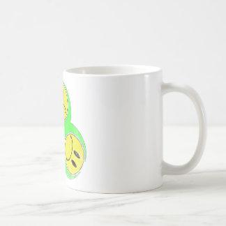 Biohazard infeliz taza básica blanca