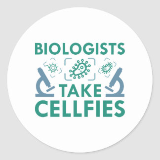 Biologists Take Cellfies Classic Round Sticker