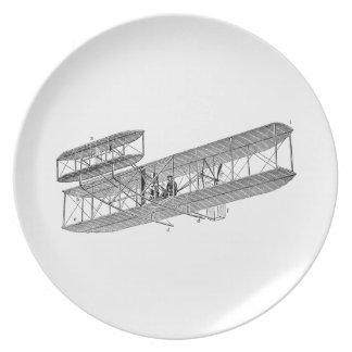 Biplanos viejos retros del avión del biplano del a platos para fiestas