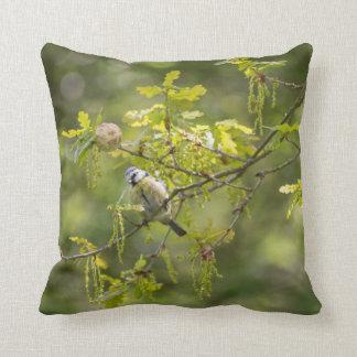 Bird wildlife cushion