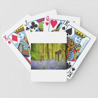 Birdhouse con una visión baraja de cartas