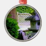 Birdhouse de piedra ornato