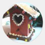 Birdhouse del pan de jengibre pegatina redonda