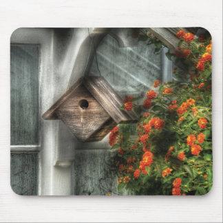 Birdhouse - el Birdhouse Alfombrilla De Raton
