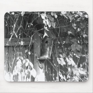 Birdhouse en caída tapete de ratón