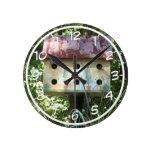 Birdhouse Reloj Redondo Mediano