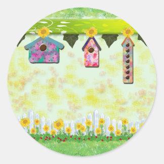 Birdhouses en pegatinas de la primavera pegatinas redondas