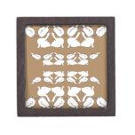 Birds_gold_cute_design blanco de Birds_Funny_love Cajas De Recuerdo De Calidad