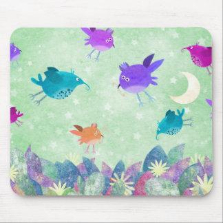 Birds midnight feast - mousepad