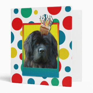 Birthday Cupcake - Newfoundland Vinyl Binder