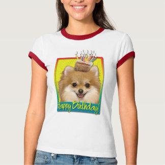 Birthday Cupcake - Pomeranian T-Shirt