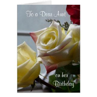 Birthday/To un estimado Tía-Amarillo Roses Felicitación