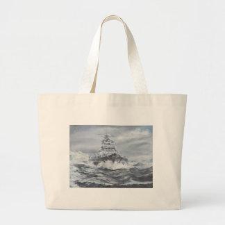 Bismarck de la costa 1900hrs 23rdMay de Bolsa Tela Grande